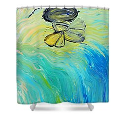 Uncaged Shower Curtain