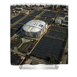 United Center Chicago Sports 10 Shower Curtain by Thomas Woolworth
