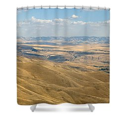 Shower Curtain featuring the photograph Valley View by Mark Greenberg