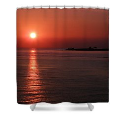 Vela In Grecia Shower Curtain