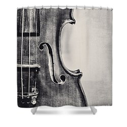Vintage Violin Portrait In Black And White Shower Curtain