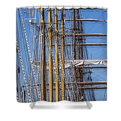 Shower Curtain featuring the photograph Waiting For Good Winds by Edgar Laureano