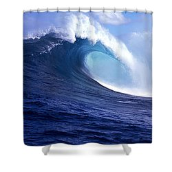 Waves Splashing In The Sea, Maui Shower Curtain