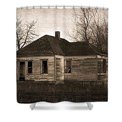 Abandoned Farm House Shower Curtain by Richard Wear