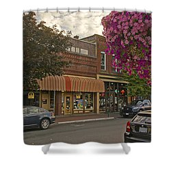 Blind Georges And Laughing Clam On G Street In Grants Pass Shower Curtain