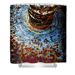 Shower Curtain featuring the photograph Metallic Fluid by Pedro Cardona