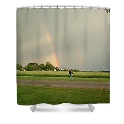Shower Curtain featuring the photograph Ray Bow by Bonfire Photography