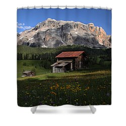 Shower Curtain featuring the photograph Spring At Santa Croce by Susan Rovira