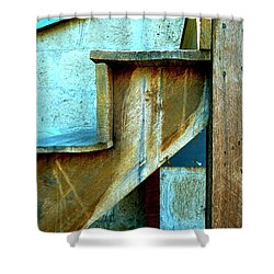 Shower Curtain featuring the photograph Stepping Up To The Blues by Newel Hunter
