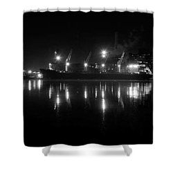 Point Lights Bw Shower Curtain