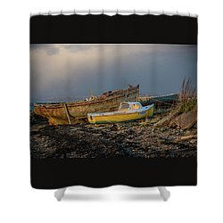 Sunset In The Highlands Shower Curtain by Terry Cosgrave