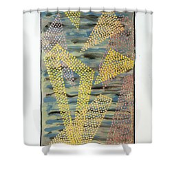 01333 Left Shower Curtain