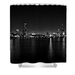 Chicago-skyline 2 Bw Shower Curtain