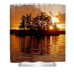Shower Curtain featuring the photograph Clarity Of Spirit by Lynda Lehmann