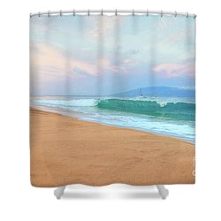 Shower Curtain featuring the photograph Ka'anapali Waves by Kelly Wade