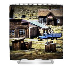 Shower Curtain featuring the photograph Looking Back by Mitch Shindelbower