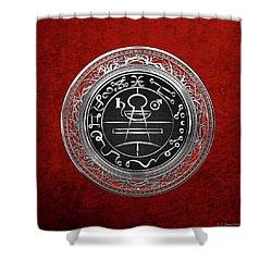 Silver Seal Of Solomon - Lesser Key Of Solomon On Red Velvet  Shower Curtain