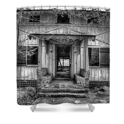 Shower Curtain featuring the photograph This Old House by Mike Eingle