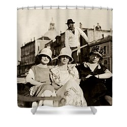1925 Girlfriends In Venice Italy Shower Curtain by Historic Image