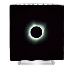 2017 Total Solar Eclipse Shower Curtain by David Gn