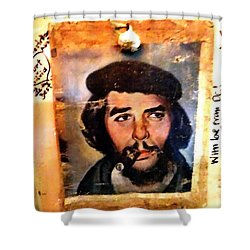 A Garlicky Che Guevara In Havana  Shower Curtain
