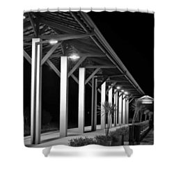 a Plataforma Das Saudades - Shower Curtain