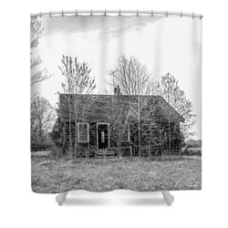 Shower Curtain featuring the photograph Abandoned House Queenstown, Md  by Charles Kraus