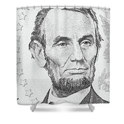 Shower Curtain featuring the photograph Abraham Lincoln by Les Cunliffe