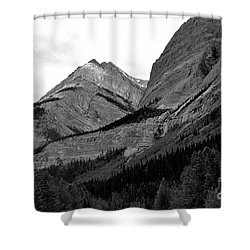 Shower Curtain featuring the photograph Alberta, 2015 by Elfriede Fulda