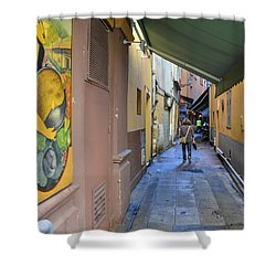 Shower Curtain featuring the photograph An Alley In Nice by Allen Sheffield