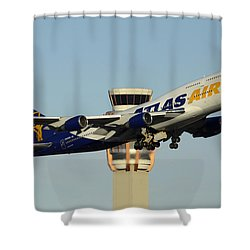 Atlas Boeing 747-446 N465mc Phoenix Sky Harbor January 3 2015 Shower Curtain