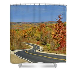 Autumn In The Hockley Valley Shower Curtain by Gary Hall