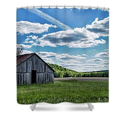 Shower Curtain featuring the photograph Barn On Cedar Creek Bottoms by Cricket Hackmann