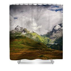 Beaute Sauvage Shower Curtain