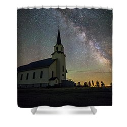 Shower Curtain featuring the photograph Belleview by Aaron J Groen