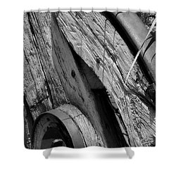 Black And White Wagon Wheel 1 Shower Curtain