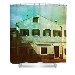 Shower Curtain featuring the photograph Blowing In The Wind by Anne Kotan
