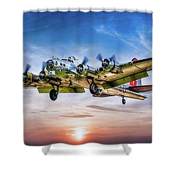 Shower Curtain featuring the photograph Boeing B17g Flying Fortress Yankee Lady by Chris Lord