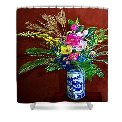 Bouquet Magnifique Shower Curtain