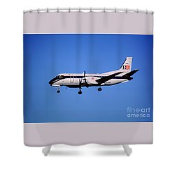 Business Express, Delta Connection, N353be, Bex Saab 340b Shower Curtain