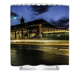 Cafe Du Monde, New Orleans, Louisiana Shower Curtain