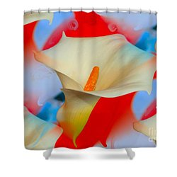 Splashy Calla Lilies Shower Curtain