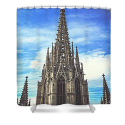 Shower Curtain featuring the photograph Catedral De Barcelona by Colleen Kammerer
