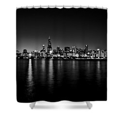 Chicago Skyline Bnw Shower Curtain