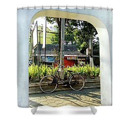 Onthel Bicycle Shower Curtain