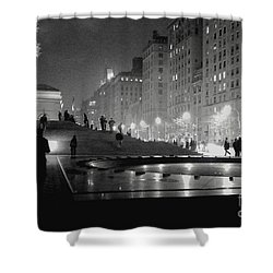 Shower Curtain featuring the photograph Closing At The Met by Sandy Moulder