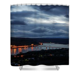 Shower Curtain featuring the photograph Columbia River by Cat Connor