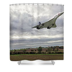 Shower Curtain featuring the photograph Concorde - High Speed Pass by Paul Gulliver