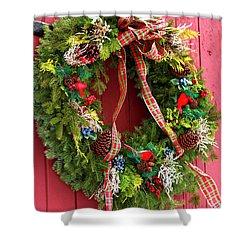 Country Christmas Wreath Shower Curtain