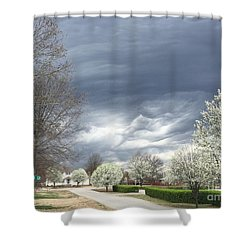 Country Club Circle Shower Curtain